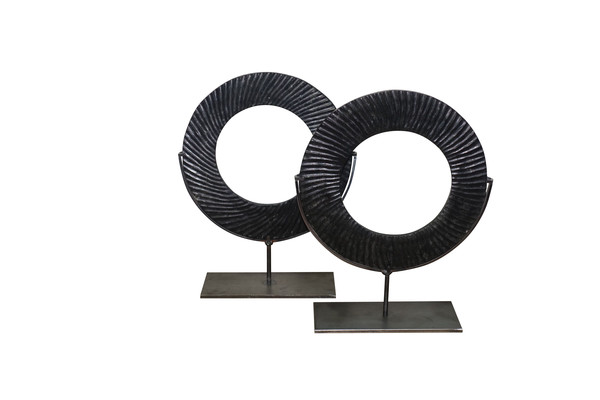 Contemporary Chinese Pair Ribbed Black Stone RIngs